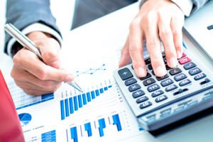 What is Investment Banking and How it is Different from Commercial Banking